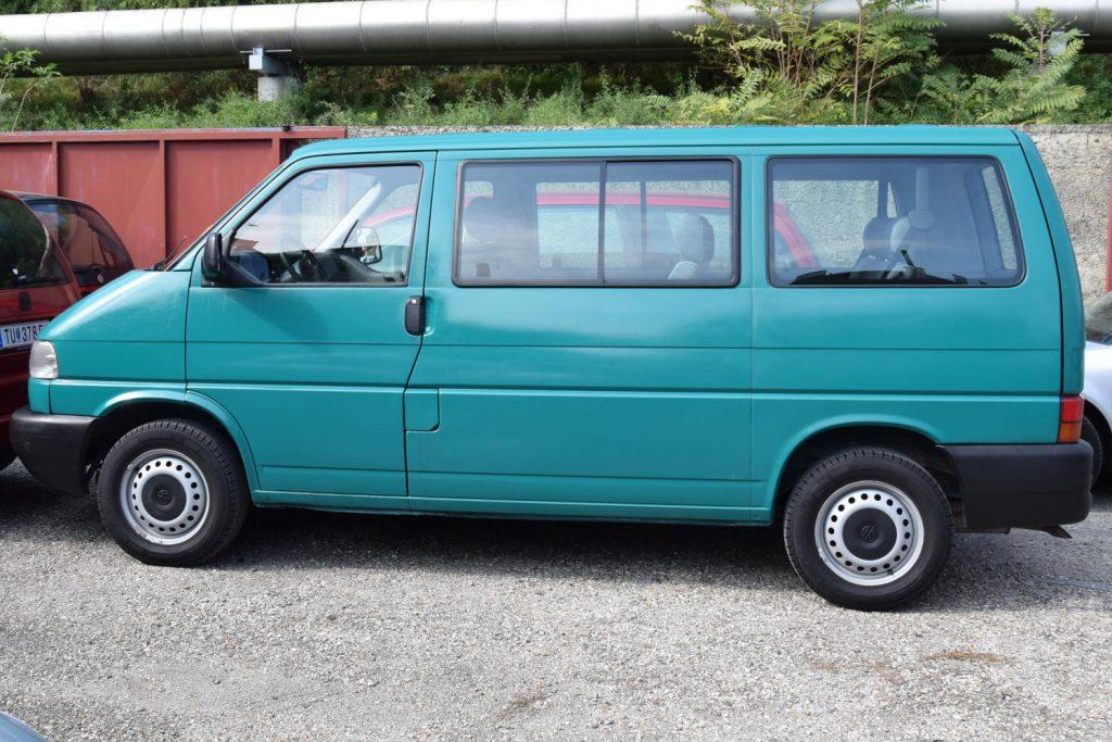 VW Bus T4: günstig einen 7-Sitzer mieten